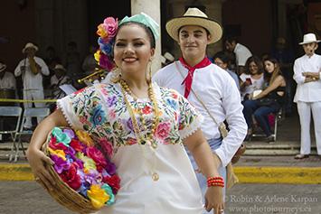 Folkloric dancers, Merida, Mexico