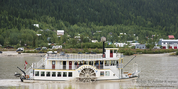 Klondike Spirit paddlewheeler, Dawson City, Yukon