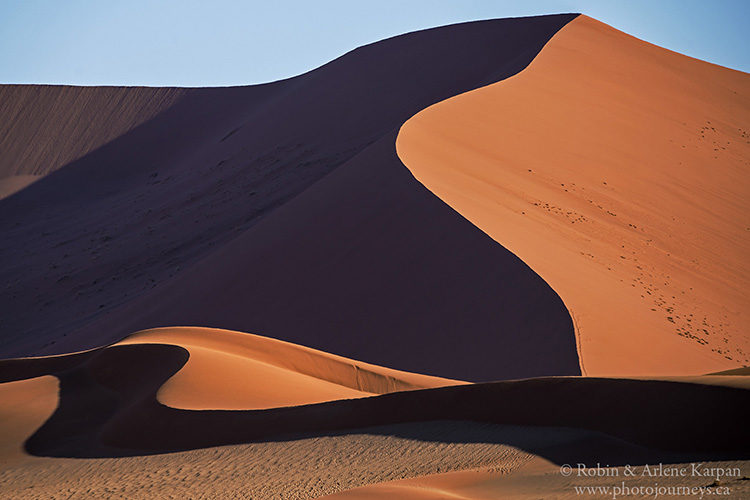 Sesriem, Namib-Naukluft National Park, Namibia www.photojourneys.ca