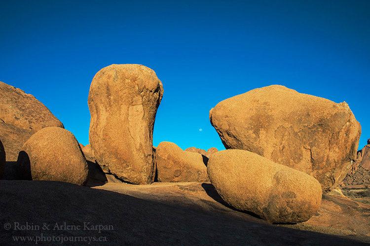 Spitzkoppe, Namibia from photojourneys.ca