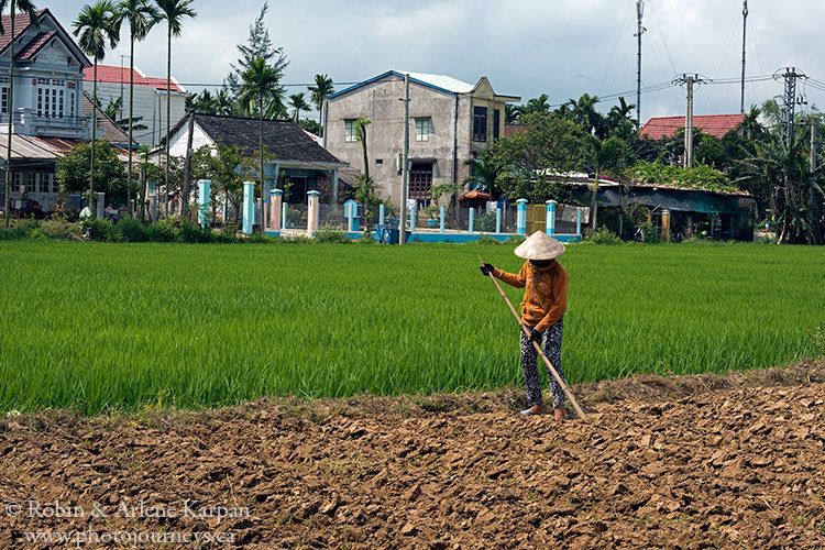 Hoi An, Vietnam on www.photojourneys.ca