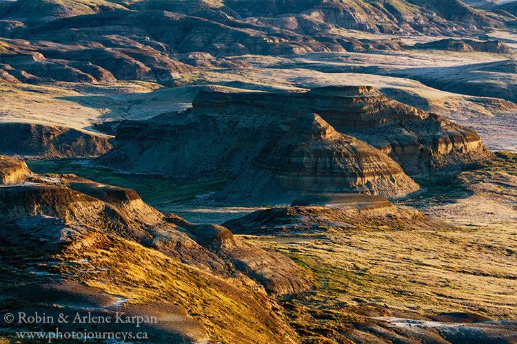 Badlands in Grasslands National Park from Photojourneys.ca