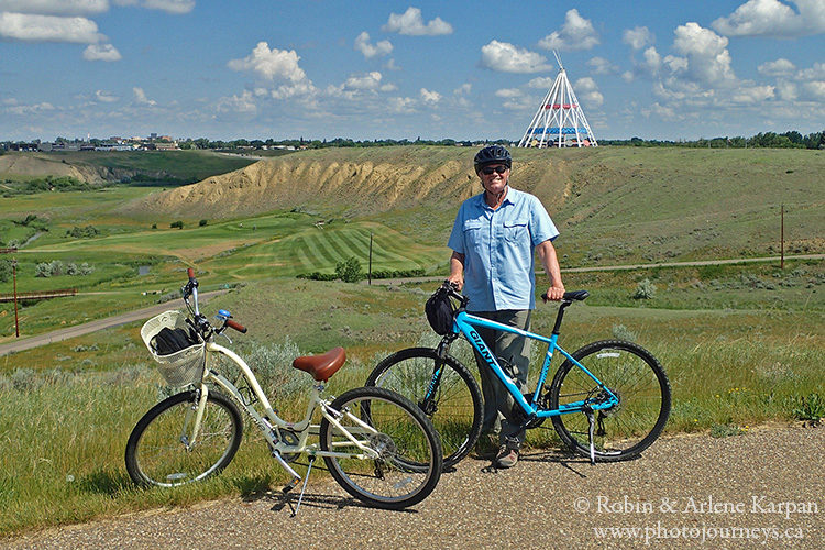 bikes, Medicine Hat on photojourneys.ca