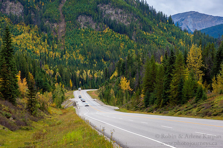 Yoho Valley Road, Yoho National Park, British Columbia, Canada