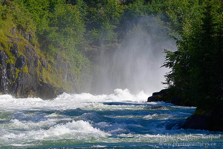 Nistowiak Falls, Saskatchewan