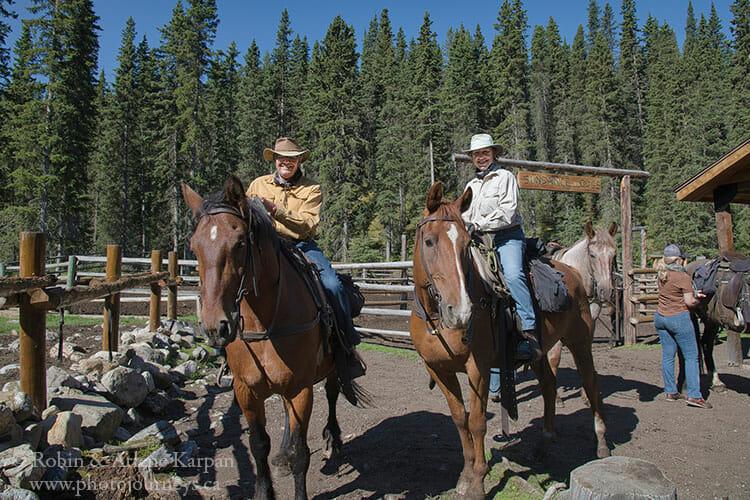 Robin and Arlene on Banff horseback adventure