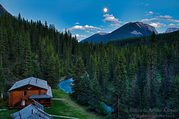Moonrise, Sundance Lodge, Banff National Park